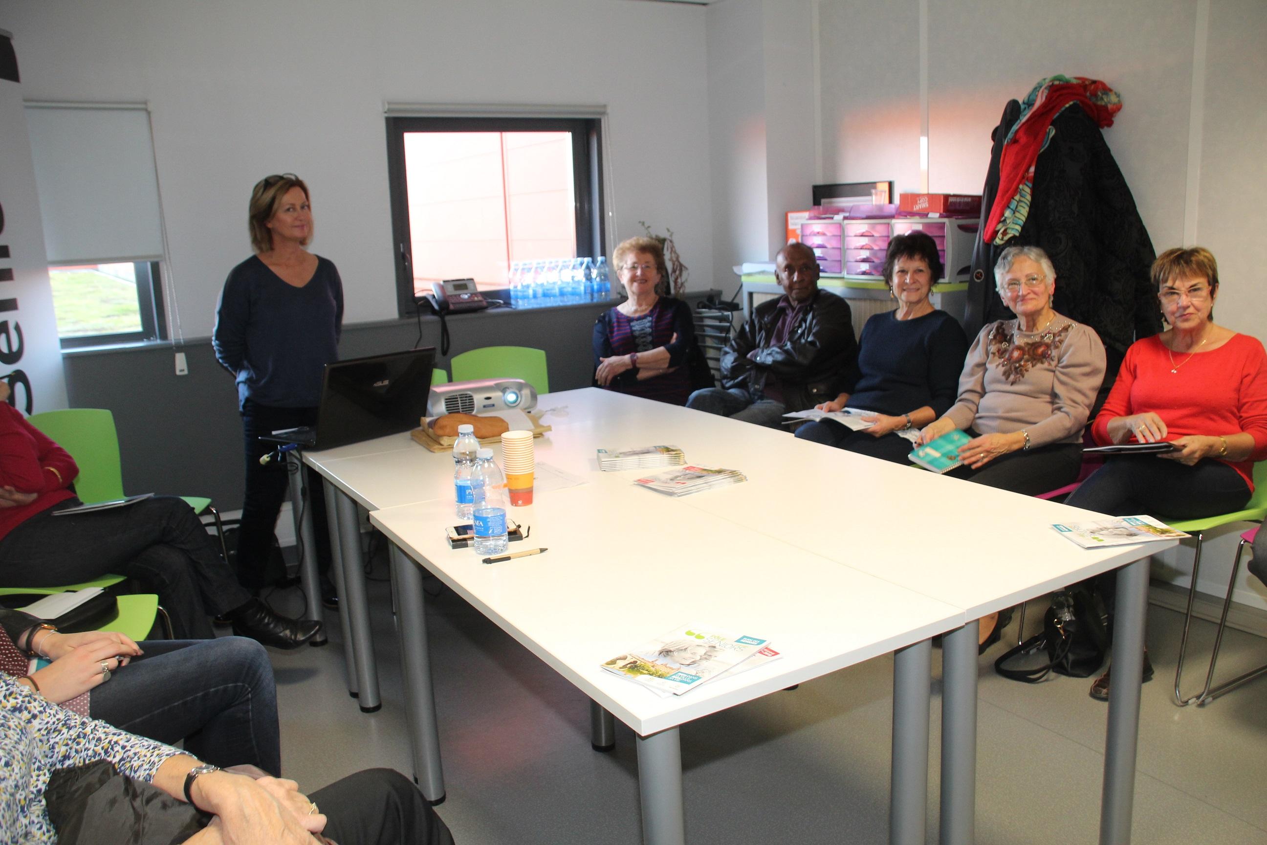 Sabrina Sénat du Pôle Seniors situé sur le quartier Médiathèque-Chambord nous parle des derniers ateliers proposé par le CLIC